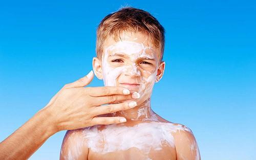 Обзор солнцезащитного крема Thinkbaby SPF 50+ от компании Think: достоинства, состав, какие фильтры содержит, способ применения