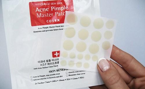 Чудо-пластыри от прыщей от корейского производителя CosRX: описание продукта, состав, способ применения. Как воздействует проблему? Будет ли эффект?