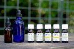 Эфирные масла наивысшего качества от компании Aura Cacia: обзор самых популярных масел, представленных на iHerb и эффективные способы их использования